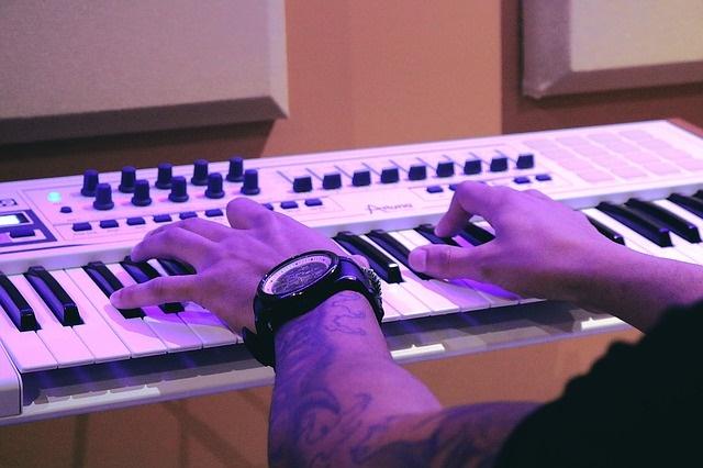 piano-1290128_640